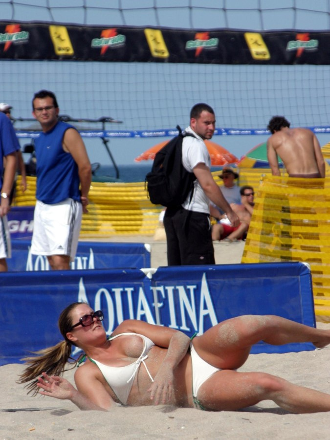 volleyball-accidental-nudity