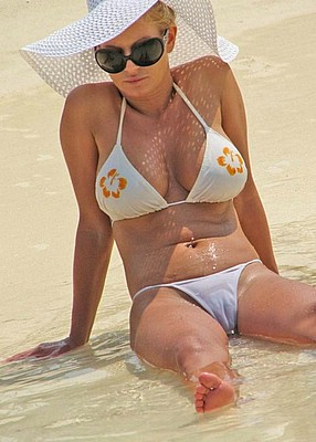 Like it!! Jessica simpson white bikini camel toe