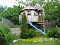 Amazing Treehouses 05