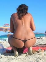 Beach Butts 04