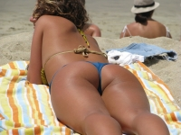 Beach Butts 30
