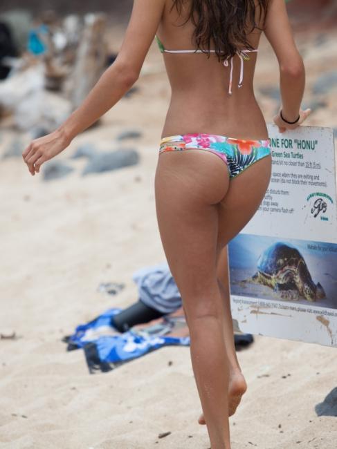 Beach Butts 12