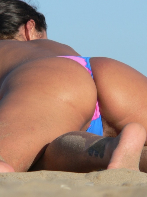 Beach Butts 32