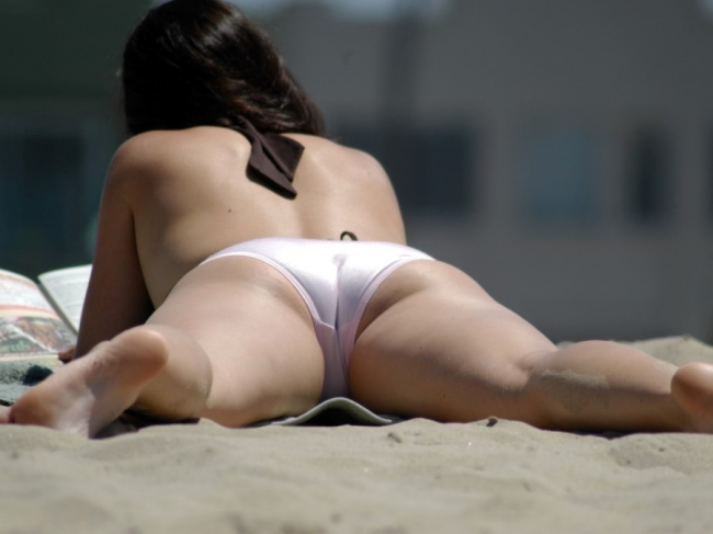 Beach Butts 35