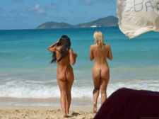 Beach Butts 08 28