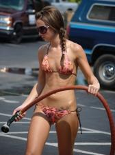 Bikini Carwash 02