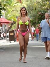Bikinis 21