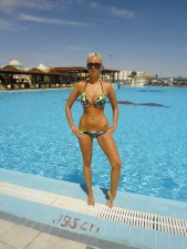 Bikinis 25