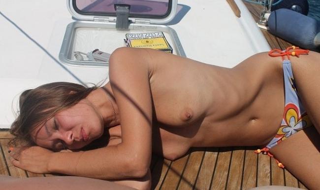 Boat Life 09