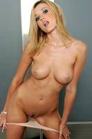 Carli Banks 22
