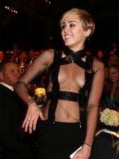 1030 Miley Cyrus