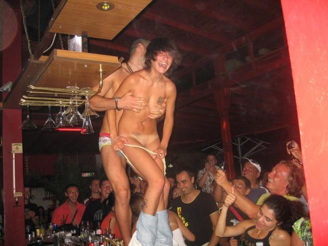Club Sluts 02