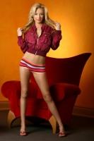 Erin Nicole 01