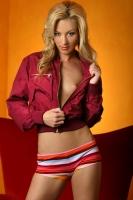 Erin Nicole 02