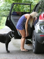 Girls And Dogs 06
