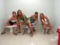 Girls Caught Sitting On The Loo 32