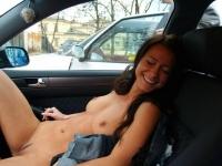Girls In Cars 01