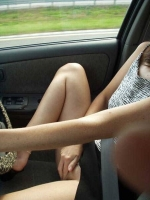 Girls In Cars 20