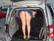 Girls In Cars 25