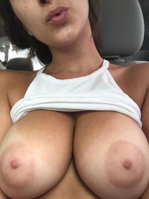 Girls In Cars 02