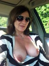 Girls In Cars 27