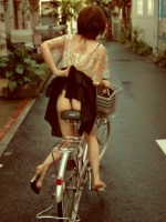 Girls On Bikes 10