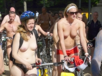 Girls On Bikes 23