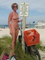 Girls On Bikes 24