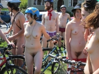 Girls On Bikes 25
