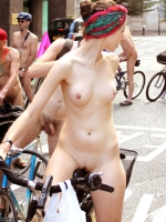 Girls On Bikes 29