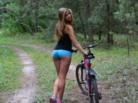 Girls On Bikes 14