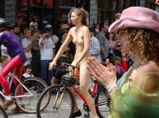 Girls On Bikes 13