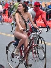 Girls On Bikes 33