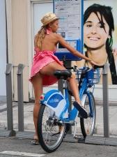 Girls On Bikes 01