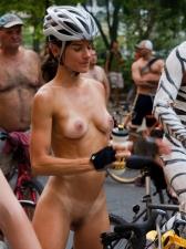 Girls On Bikes 16