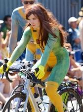 Girls On Bikes 20