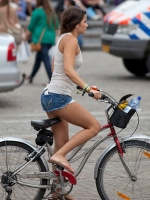 Girls On Bikes 17