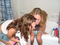 Girls Peeing 11