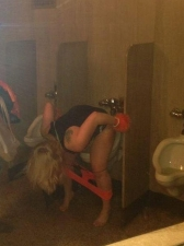 Girls Peeing 17 12