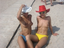 Girls Wearing Hats 02 07
