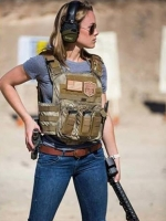 Girls With Guns 24