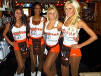 Hooters Hotties 17
