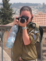 Israeli_army_chicks_11