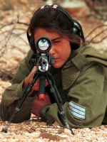 Israeli_army_chicks_13
