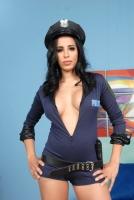 Lacey Cruz 04