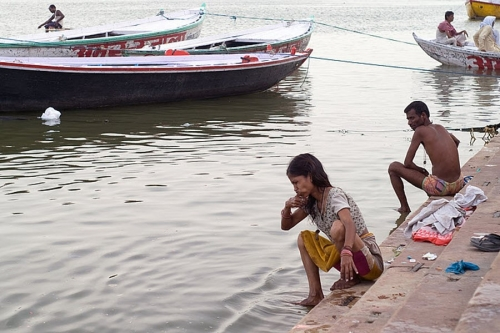 Life On The Ganges 08