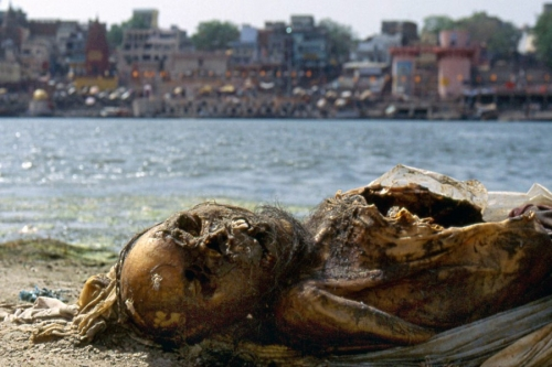 Life On The Ganges 17