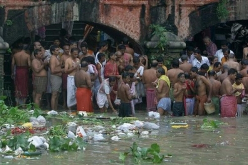 Life On The Ganges 48