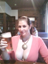 Love A Girl Who Loves A Beer 04