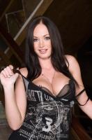 Melissa Lauren 01
